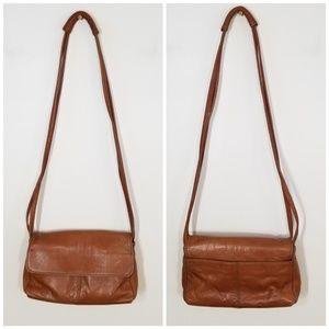 Vintage Hobo   tan leather crossbody bag